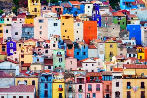 façades colorées de Bosa